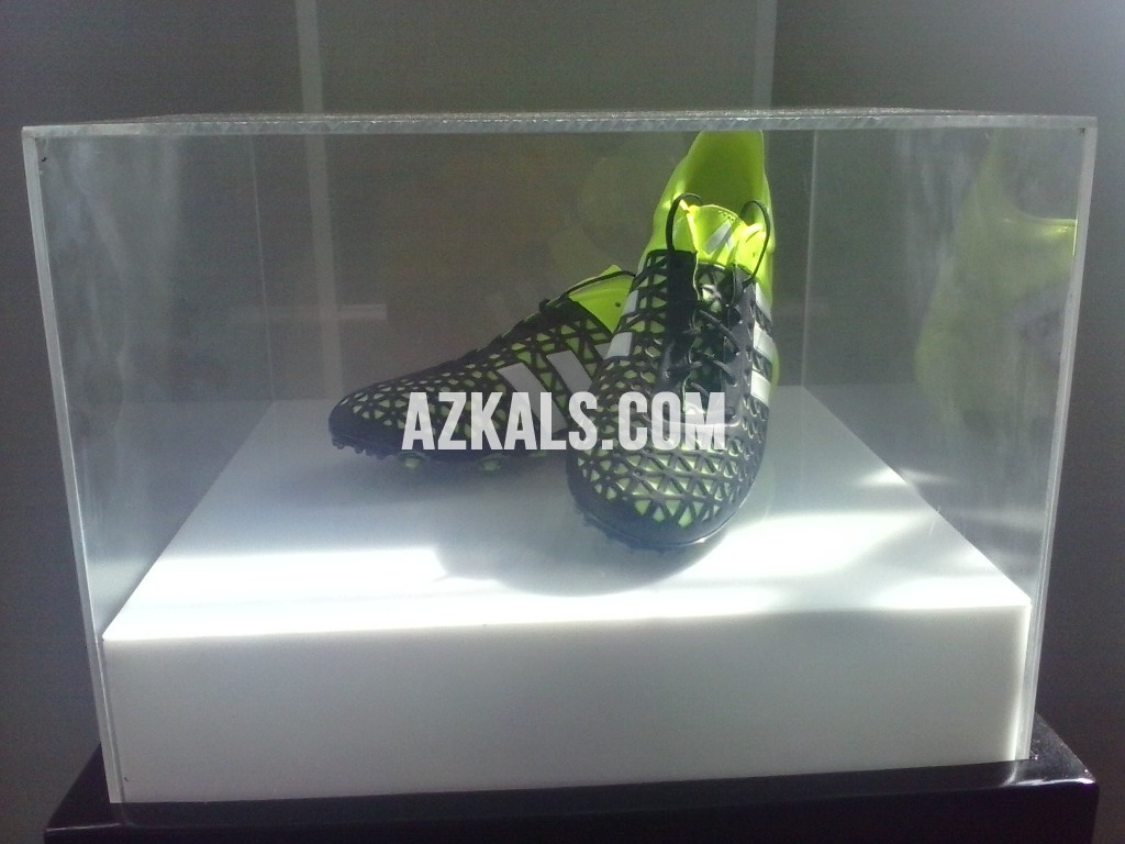 adidas Ace15 in display